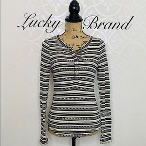 LUCKY BRAND SMALL BLACK AND WHITE KNIT TOP